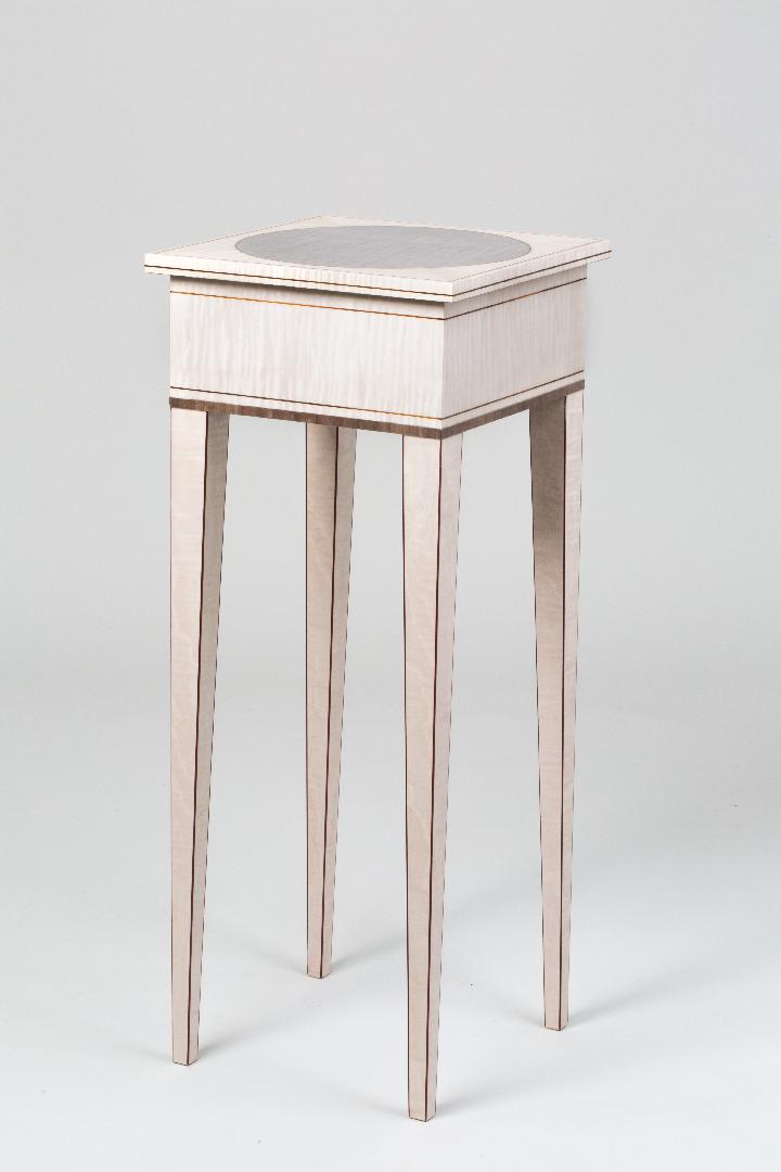 Lunar Table Full Img